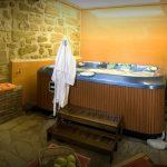 hotel con spa en la rioja jacuzzi privado 2